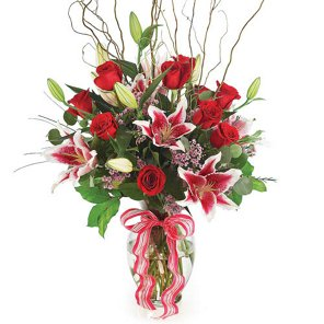 dozen roses premium shop flowers arrangements at h e b