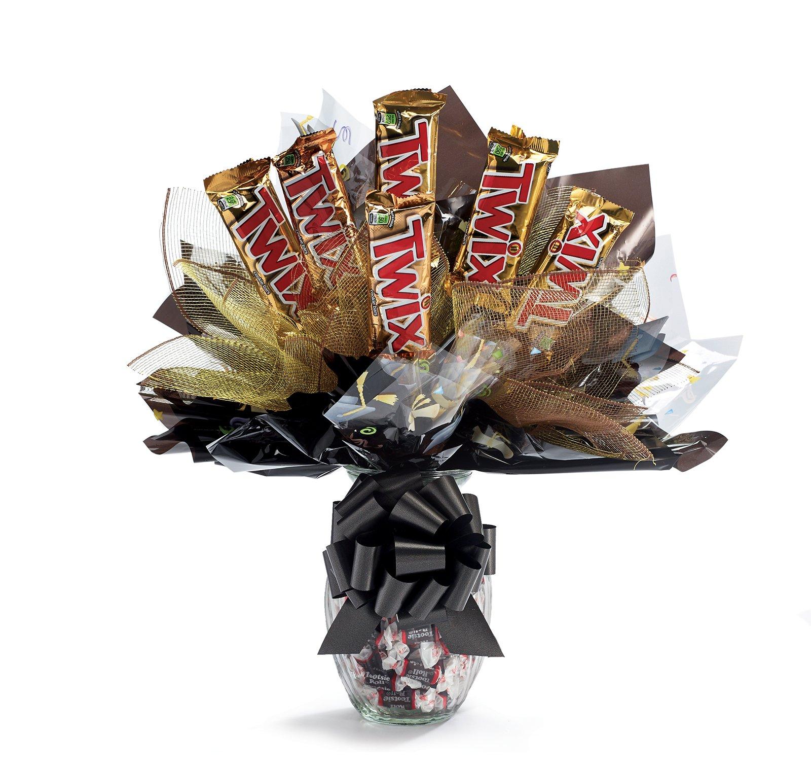Gourmet Twix Candy Graduation Bouquet ‑ Shop Gourmet Twix Candy ...