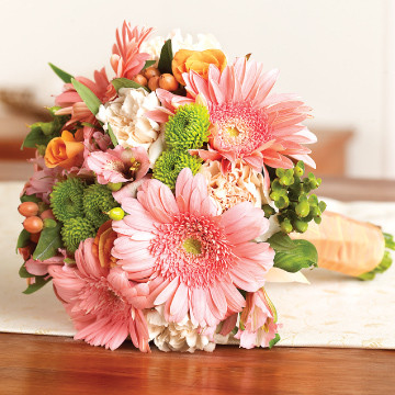 Seasonal Mix Maid of Honor Bouquet