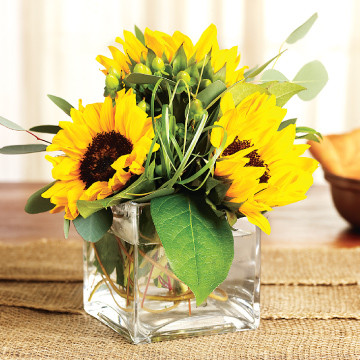 Sunflower Medium Centerpiece