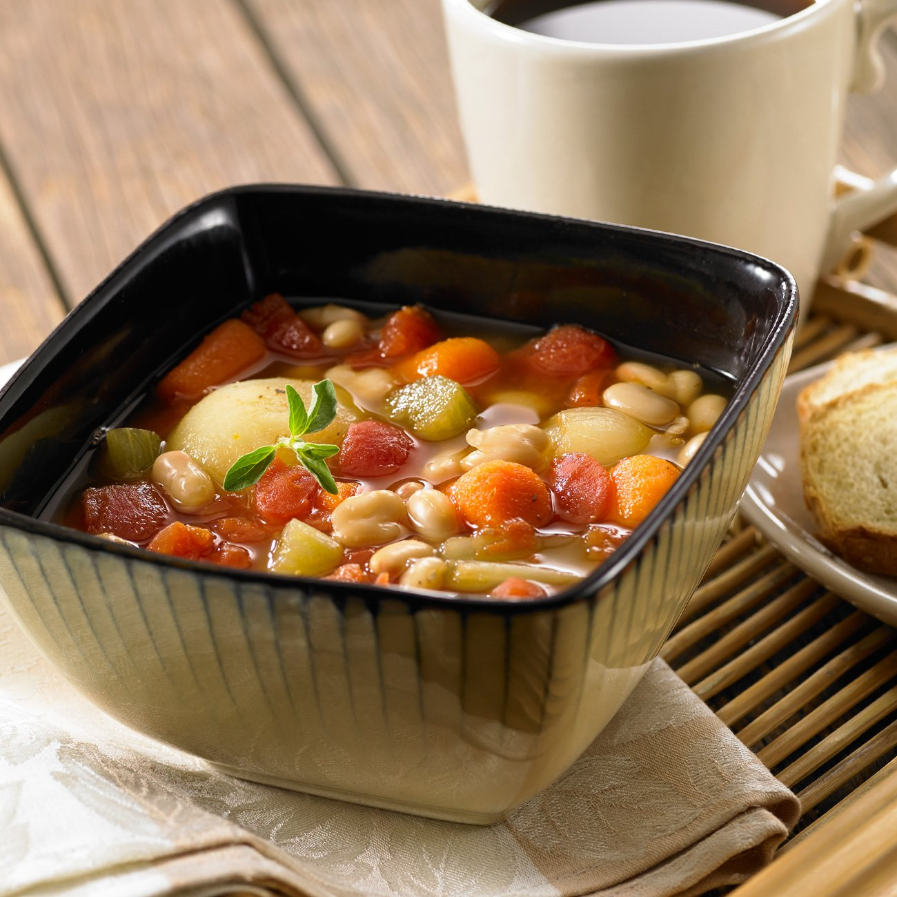 Navy Bean and Tomato Soup