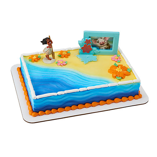 Moana Adventures in Oceania Cake