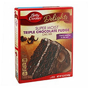 Betty Crocker Super Moist Triple Chocolate Fudge Cake Mix