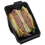 Boar's Head Deluxe Roast Beef Croissant Sandwich