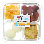 H-E-B Boiled Egg and Colby Jack Snack Tray