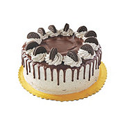 H-E-B Chocolate Cake With Oreo Icing