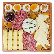H-E-B Frenchie Cheese Board