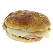 H-E-B Gourmet Ham and Swiss Sandwich With Pretzel Bread