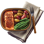 H-E-B Meal Simple Steakhouse Salmon with Fingerling Potatoes & Green Beans