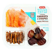 H-E-B Ready, Fresh, Go! Carrots and Grapes with Pretzels and Cheese Snack Tray
