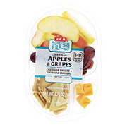 H-E-B Ready Fresh Go! Fruit Cheese and Flatbread Crackers