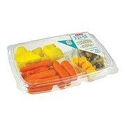 H-E-B Ready, Fresh, Go! Pineapple & Carrots Snack Tray