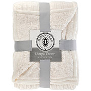 Haven & Key Solid Cable Knit Sherpa Throw