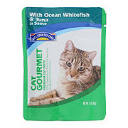 Hill Country Fare Cat Gourmet Premium Cat Food with Ocean Whitefish and Tuna in Sauce