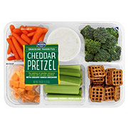 Mann's Cheddar Pretzel Party Tray