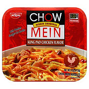 Nissin Chow Mein Kung Pao Chicken Flavor Noodles