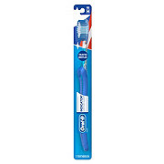 Oral-B Indicator Contour Clean Soft Toothbrush