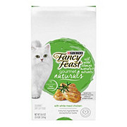 Purina Fancy Feast Gourmet Naturals with White Meat Chicken Dry Cat Food
