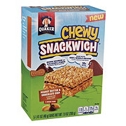 Quaker Chewy Snackwich Peanut Butter & Chocolate Chips