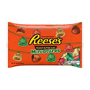 Reese's Christmas Peanut Butter Cup Miniatures Family Bag