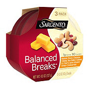 Sargento Balanced Breaks Sharp Cheddar Cheese with Cashews and Cranberries