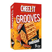 Sunshine Cheez-It Grooves Classic Cheddar Crispy Cracker Chips