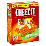 Sunshine Cheez-It Hot & Spicy Cheddar Grooves