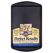 Wilton Perfect Results Non-Stick Small Cookie Pan