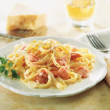 Fettuccine Alfredo With Smoked Salmon