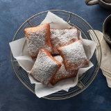 Homemade Vanilla Bean & Cinnamon Beignets